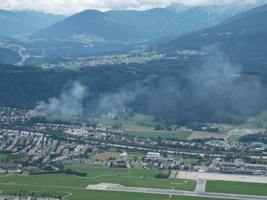 Brand in der Weißgattererstraße. Fotografiert vom Rauschbrunnen (c) Mario Zifreind