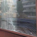 [Einsatz] Beschädigtes Fenster drohte zu brechen